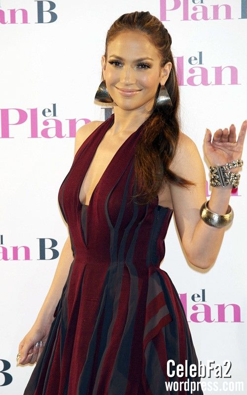 فیلم سوپر جنیفر لوپز Video http://celebfa2.wordpress.com/2010/04/27/jennifer-lopez-photo-call-for-%e2%80%9cthe-back-up-plan%e2%80%9d-in-madrid/